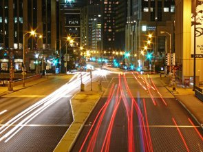 chicago-night-traffic-1447010